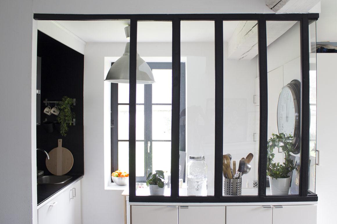 une verriere dans la cuisine studiolamaison. Black Bedroom Furniture Sets. Home Design Ideas